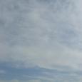 風に舞う雲